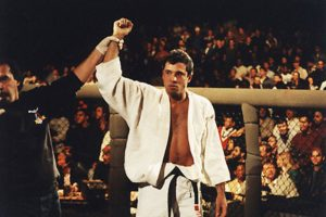 royce gracie UFC 1 légende MMA JJB